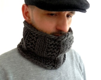 Alpaca and Highland Wool Chunky Knit Cowl / Snood / Neck Warmer. Men / Women. Gray. Urban Style. Fall / Christmas / Winter.