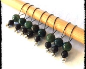 Snag Free Stitch Markers Medium Set of 8 -- Dark Green Stone -- M28 -- For up to size US 11 (8mm) Knitting Needles