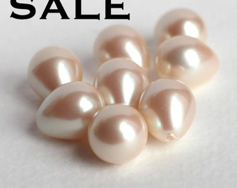 Vintage Japanese Faux Pearl Plastic Drop Components (12X) (B519) SALE - 25% off