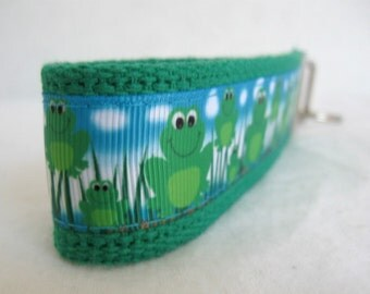 Frog Key Fob - Frogs Key Chain - GREEN Frog Large Key Fob - Spring Key Chain