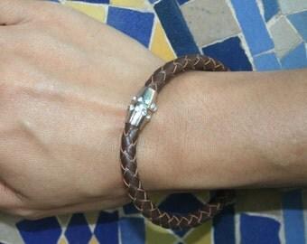 Magnet Leather Bracelet with Rhinestone Magnet
