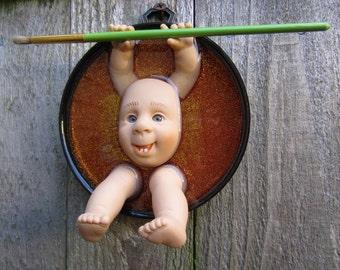 ART BUDDY -  Doll Wall Plaque