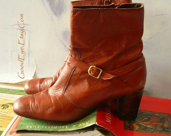 Groovy 70s  Leather Ankle Boots  GRANNY size 8 .5 Narrow Eu 39 UK 6 Harness Chunky Wood Heel  Rust Brown