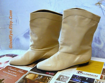 Vintage Leather Pixie  Ankle Boots size 7 .5 B  EU 38 UK 5 Flat Pirate Slouchy 80s NEVER Worn Winter White Ivory