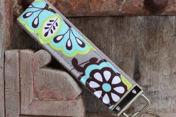 READY TO SHIP-Beautiful Key Fob/Keychain/Wristlet-Floral on Gray
