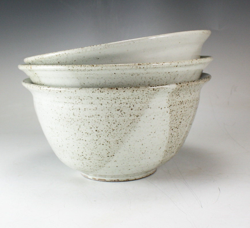 Traditional Stoneware Mixing Bowl