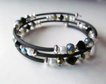 Black, White and Bling Beaded Memory Wire Bracelet - Small