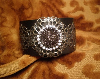 DESTASH, Florenza Brooch Black Cuff Bracelet, Florenza Brooch, Black Cuff Bracelet, Filigree Bracelet, Rhinestone Bracelet, Victorian