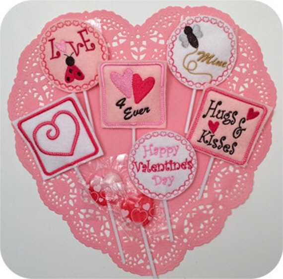 in the hoop valentine sucker holders set machine embroidery. Black Bedroom Furniture Sets. Home Design Ideas