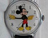 Mickey Mouse 60s vintage Watch  Walt Disney Productions cartoon winding watch twist it yourself