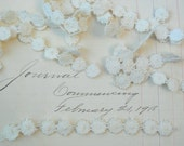Vintage Applique Ivory Venise Trim - Small flowers - Several pieces of various lengths - Old and sweet