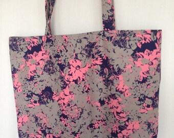 Large Tote-Pink/Gray/Navy Abstract (Bag 525)