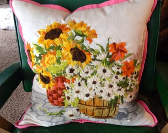 Vintage yarn needlework pillow crewel embroidery