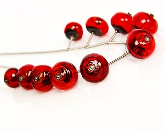 Red glass necklace. Red statement jewelry. Red beaded necklace, Red bib necklace, Red lampwork necklace
