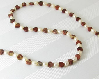 Poppy Jasper Hearts, Peach Freshwater Pearls, and Gold Adjustable Necklace