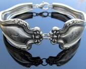 Spoon Bracelet E Monogram Faneuil
