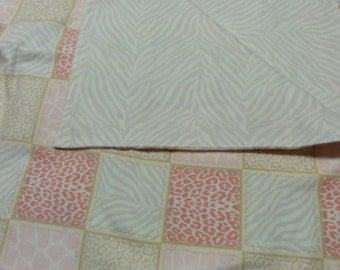 ANIMAL PRINT Pink Flannel Blanket