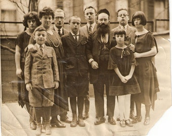 1940s Family Photo with Stylish Haircuts