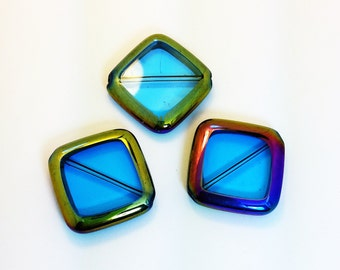 X-Large Square Glass Bead with Iridescent Mirrored Edges