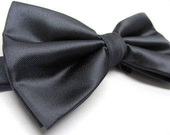 Mens Bowtie. Charcoal Gray Bowties. Grey Bow tie With Matching Pocket Square Option