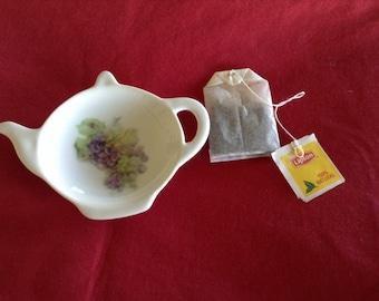 "Ceramic Teabag Holder Pastel Grapes 4.5"""