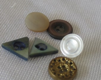 Lot of 6 VINTAGE Tiny Shell & Metal Baby Doll BUTTONS