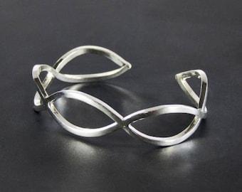 Sterling silver, sturdy, minimal cuff, bracelet, slightly adjustable