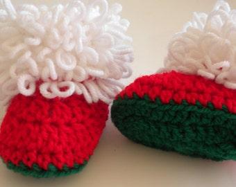 Crochet Christmas Booties, Newborn Baby Christmas Booties, Red, Green and White Baby Booties, Christmas Baby Crochet, Crochet Loopy Booties