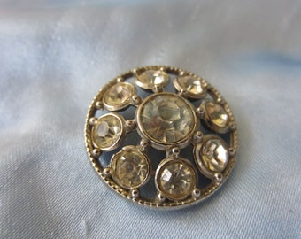 Vintage Button - 1 beautiful  rhinestone embellished flower design,  antique silver finish metal (lot dec 204)
