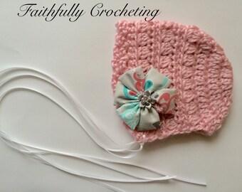 Newborn girl Bonnet.. Pink baby bonnet.. Photography prop.. Ready to ship