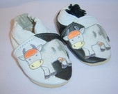 Sample sale white and black Cow baby shoes 0-6 months