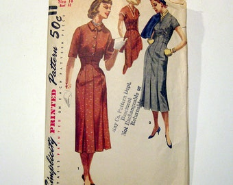 1950s Vintage Sewing Pattern - Vintage 1950s Dress and Bolero Pattern - Fitted with Bottom Pleated Skirt / Size 14