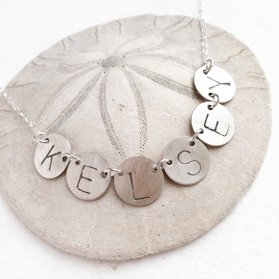 Personalized jewelry, initial necklace, name pendant necklace, personalized necklace, gift for mom, family initial necklace, gift for her