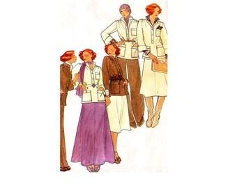 Butterick 4488 Top, skirt & pants. 1970s era fashions. Size 12