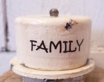 Handmade 1:12 Scale Artist Dollhouse Miniature Cake Stand