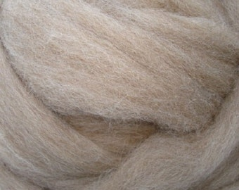 Fawn Shetland/ Shetland Wool/ Roving/ Certified Wool/ Combed Top/ Spinning/ 8 oz/ Felting Fiber/ Needle Felting/ Alba Ranch/ Spinning Roving