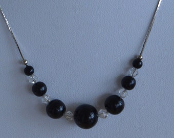 "Delicate Vintage Black, Crystal, Silver tone Necklace, 16""  (L4)"