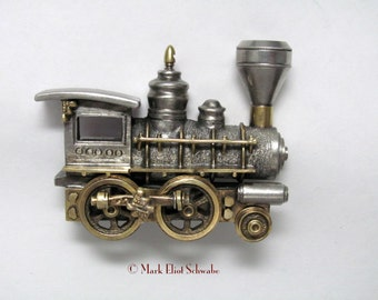 Steam Locomotive I brooch pin interactive - wheels turn - includes frame, wearable sculpture - Art Jewelry, in the steampunk style