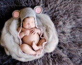 Baby Mouse..Baby Hat...BAby Hat...Mouse hat..Newborn photography prop..... PerfectlY AdoRABLE Baby HaT