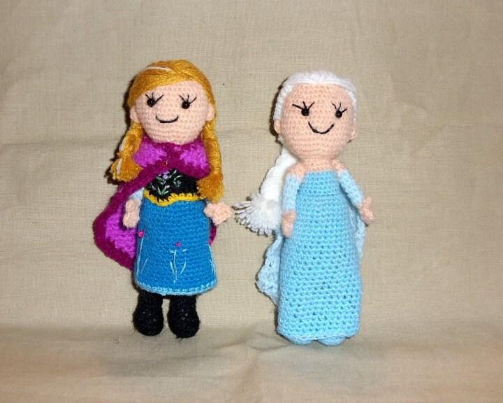 Crochet Elsa And Anna Dolls : Frozen Anna and Elsa Thread Crochet Dolls 5 Inches Tall