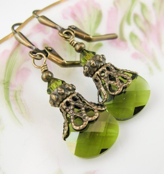 New Vintaj Swarovski Olivine Green Flat Briolette Crystal Vintage Bead Cap Bronze Leverback Jewelry Pendant Earrings