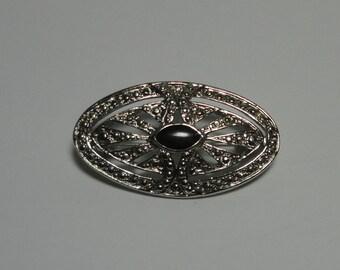 Vintage Silver tone Deco Style Brooch/Pin