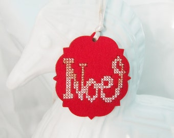 DIY Noel Ornament Kit, Holiday Ornament, Present Hang Tag, Cross Stitch Ornament DIY, Noel Cross Stitch, Christmas Ornament