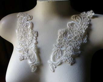 Pair IVORY Lace Applique  for Bridal, Headbands, Sashes, Costume Design PR 300nb