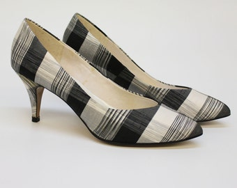 80's Plaid  Pumps / Black & Beige / Raw Silk / Pointy Toe / Size 8 1/2