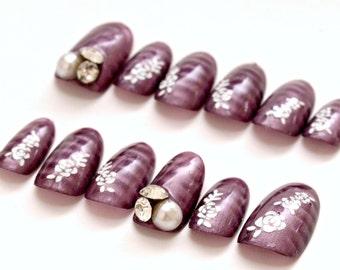 Magnetic nail polish, plum nails, winter nail, nail gem, rose, bridal, alternative fashion, bridal nail, Japanese nail, 3D nails
