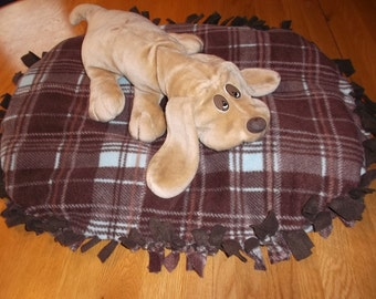Handmade Fleece Dog Bed Fiber Filled Plaid  No Sew