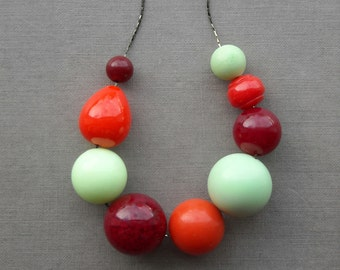 sriracha necklace - vintage lucite