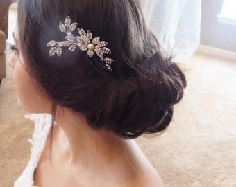 Bridal hair comb, Bridal Hair clip, Swarovski Wedding hair comb, Wedding headpiece, Leaf Bridal headpiece, Rhinestone hair comb, Vintage