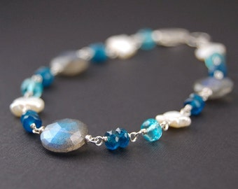 Labradorite bracelet, gemstone bracelet with labradorite and apatite, wire wrapped jewelry handmade, sterling silver